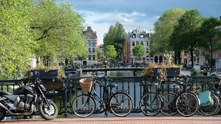 safe to ride a bike in Amsterdam