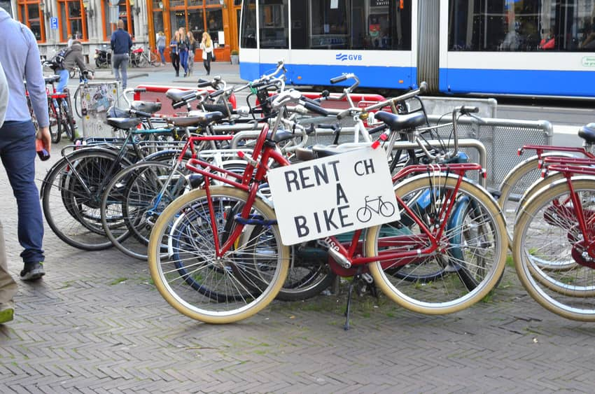 how much is rent in amsterdam